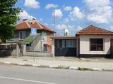 Голяма къща с двор на 3 км от град Елхово