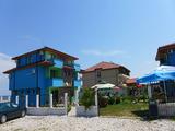 Семеен хотелски комплекс в Синеморец на 300 метра от плаж Бутамята