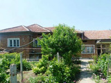 Spacious property with garage in a nice village 18 km. form Polski Trambesh town