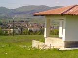 Большой участок земли с прекрасным видом на город Елена