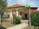 Renovated house with large garden near Hissarya