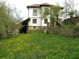 Напълно обзаведена автентична българска къща, 8 км от Габрово