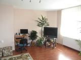 4-bedroom apartment near school in Hisarya