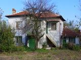 Двуетажна къща недалеч от Стара Загора