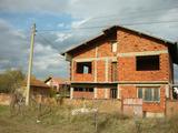 Трехэтажный дом с двором возле горнолыжного курорта Боровец