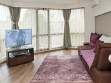 Modern and luxurious 2-bedroom apartment in Lazur quarter
