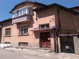 Eтаж от къща в центъра на град Габрово