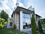 Уникална дизайнерска къща с панорама в спокоен район