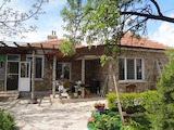Artistically decorated 1-storey house 35 km from the Black sea