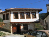 Traditional Old Bulgarian style house close to Pamporovo