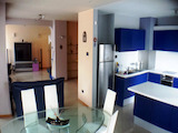 Furnished and equipped 2-level penthouse near South Park