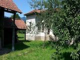 Традиционна българска къща в известен планински курорт