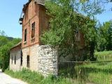 Масивен селски имот в квартал на 6 км от центъра на гр. Габрово