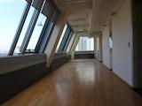 Просторен престижен офис в елитна бизнес сграда в София