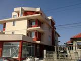Тристаен апартамент в Каварна