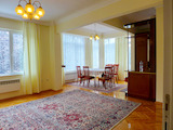3-bedroom apartment near the South Park