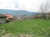 Парцел за частна къща с красива планинска панорама