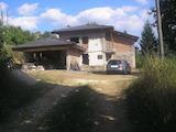 Новопостроена двуетажна къща на 10 км от Троян