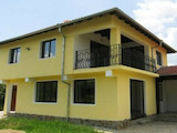 Storey house with a garage in a village 15km from Veliko Tarnovo