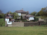 Ново имение с басейн в китно селце близо до гр. Елена и Къпиновски манастир