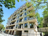 "Green Park � residential building near the park in ""Breeze"" District"