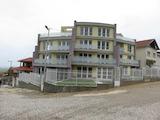 Тристаен апартамент с градина в село Марково
