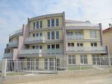 Aпартамент на две нива с градина в село Марково