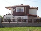 Нова еднофамилна къща близо до Слънчев бряг