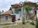 Едноетажна къща между Стара Загора и Пловдив