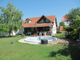2-storey house with small swimming pool near Plovdiv