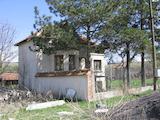 Хубава къща с двор близо до Враца