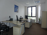 Оборудван модерен офис висок клас с бизнес удобства
