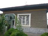 Едноетажна къща с гараж на само на 8 км от гр. Русе