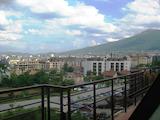 Тристаен апартамент до Нов Български Университет