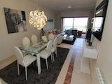 Тристаен апартамент в голф комплекс Los Flamingos