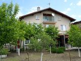 Хубава къща близо до София
