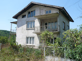 3-storey villa with garden near Belogradchik Rocks