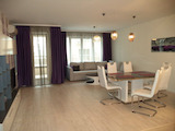 Luxuriously furnished and equipped 2-bedroom apartment in Lazur