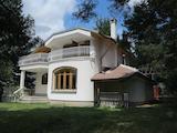 Two-storey villa in prestigious villa area 27 km from Sofia