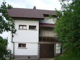 Планинска къща с гараж само на 15 км от гр. Севлиево