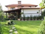 Луксозна къща с просторен двор близо до Пловдив