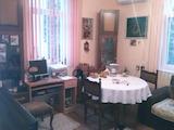 Етаж от къща с две спални в супер центъра на Пловдив