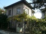 Двуетажна къща в гр. Видин