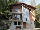3-storey villa or guest house in ski resort Panichishte