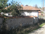 1-storey house with summer kitchen and barn 38 km from Sofia