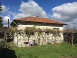 Къща в село Костенец