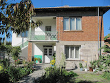 2-storey house with yard in nice village near Parvomay