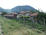 Къща в тихо село на 5 км от Враца