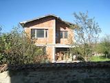 Недостроенный дом в селе Огняново