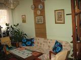 Тристаен масивен апартамент с отлична локация в град Габрово